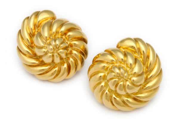 "verdura 18k gold ""shell"" earrings"
