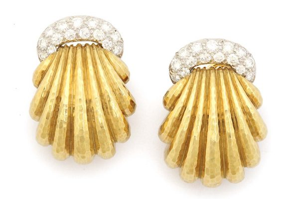 "david webb ""shell"" 18k and diamond earclips"