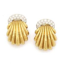 david-webb-diamond-gold-earrings