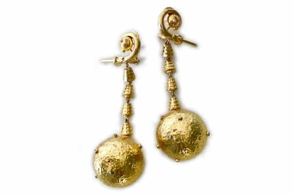 lalaounis jackie kennedy apollo earrings