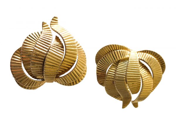 cartier abstract 18k gold ribbon earrings