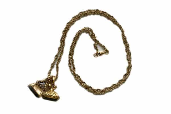 fob necklace with detailed 18k chain