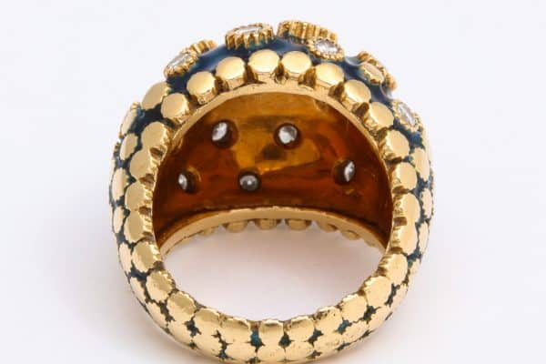 van cleef vintage bombe enamel ring with diamond florets